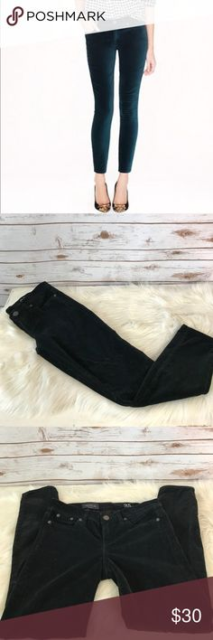"""J. Crew Black Velvet Ankle Toothpick Jeans These are a pair of J. Crew toothpick ankle jeans in black velvet. These pants are a size 25 and have a 27"""" inseam and a 8"""" rise. These are in excellent condition. Thanks! J. Crew Jeans Ankle & Cropped"""