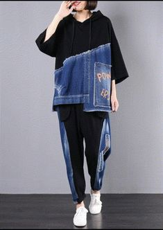 autumn new black patchwork blue hooded tops and casual big pockets trousers autumn new black patchwork blue hooded tops and casual big pockets trousers Sport Fashion, Denim Fashion, Look Fashion, Cuffed Pants, Trousers, Diy Kleidung, Mode Streetwear, Patchwork Dress, Recycled Denim