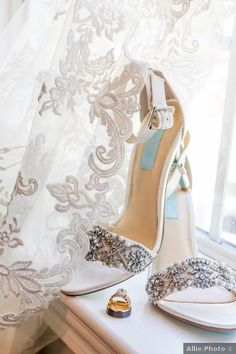 Wedding shoes ideas - heels, white, embellishments, beads, rustic, details, elegant {Allie.Photo}