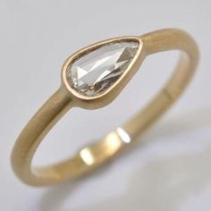 Rose-Cut Diamond Ring in 18k Gold by chandra