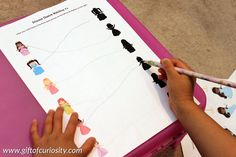 Princess Printables Pack: Princess shadow matching activity #freeprintables || Gift of Curiosity