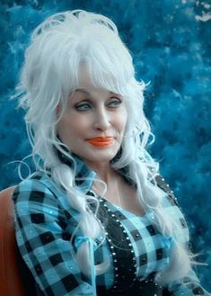 Country Artists, Country Singers, She Was Beautiful, Beautiful Women, Beautiful People, Dolly Parton Quotes, Dolly Parton Pictures, Wwe Girls, Old Hollywood Stars