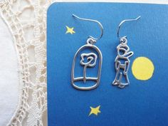 The little Prince's Rose and Little Prince earrings (Le Petit Prince) -silver.