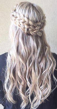 Wedding Hairstyle Inspiration half up crown braid with tight curls platinum blonde hair Best Wedding Hairstyles, Fancy Hairstyles, Braided Hairstyles, Hairstyle Wedding, Elegant Wedding Hair, Trendy Wedding, Wedding Braids, Quinceanera Hairstyles, Wedding Hair Inspiration