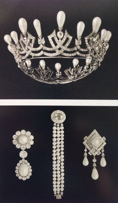 Pearl and Diamond coronet, brooches and bracelet owned by the Empress Marie Feodorovna.