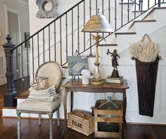 ***** LOVE the basket. I could put one in the foyer. Statues in Decor - Cedar Hill Farmhouse