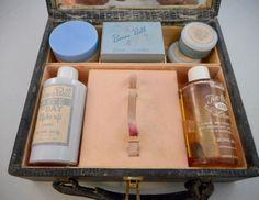 Bonne Bell Cosmetics Kit Cosmetic Kit, Cosmetic Packaging, Bell Cosmetics, Bonne Bell, Vintage Makeup, Pretty Girls, 1970s, Beauty, Cute Girls