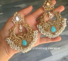 indian fashion Traditional -- Click visit link to read Indian Jewelry Earrings, Fashion Earrings, Jewelery, Fashion Jewelry, Gold Jewellery, Jewellery Shops, Mirror Jewellery, Luxury Jewelry, Silver Jewelry