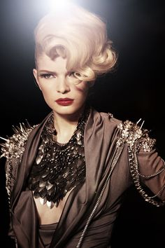 Fashion-Week-2010-the-Blonds-11