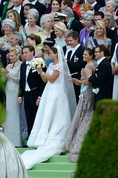 Official photo: Wedding of Princess Madeleine of Sweden 6/8/13