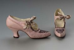 Pair of pink kid shoes. American (Boston), Early 20th century. Museum of Fine Arts, Boston.