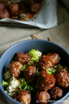 Sweet & Sticky Teriyaki Meatballs with Broccoli Fried Rice - Clean Eating with kids Meatballs And Rice, Asian Meatballs, Teriyaki Meatballs, Chicken Meatballs, Broccoli Fried Rice, Broccoli Beef, Broccoli Recipes, Healthy Dinner Recipes, Real Food Recipes