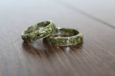 Hemp Resin Ring – Medicinal Marijuana Advocacy Reefer Madness Accessory Hashish Pot Plant Hippie Stoner Wild and Free Open Minded Soul Gift Accessorizing with Cannabis never looked so good! Unique Gift idea too… Accessoires Hippie, Hippie Accessories, Jewelry Accessories, Stoner Girl, Resin Ring, Jewelry Rings, Jewlery, Jewelry Making, Wedding Rings