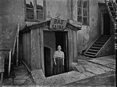 Kirkkokadulla sijainnut Marie-Bad perustettiin jo vuonna 1829. Kuva on otettu vuonna 1913.