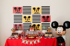 Mickey Mouse themed birthday party via Kara's Party Ideas KarasPartyIdeas.com The Place For All Things Party! #mickeymouse #mickeymouseparty #mickeymousepartyideas (4)