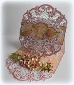fancy easel card by Jolanda Elderman