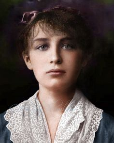 Camille Claudel..1884, she started working in Rodin's workshop. Claudel became a source of inspiration, his model, his confidante and lover. She never lived with Rodin, who was reluctant to end his 20-year relationship with Rose Beuret. Knowledge of the affair agitated her family, especially her mother. In 1892, after an unwanted abortion, Claudel ended the intimate aspect of her relationship with Rodin, although they saw each other regularly until 1898