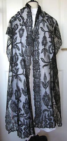 Large Late Victorian Early Edwardian French Spanish Black Lace Shawl Stole 1900 | eBay