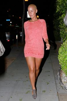 The Vogue, stylish and Sex Amber Rose ...Plush waist to hips ratio...