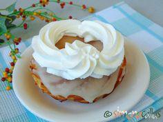 Ecler Vienez reteta de cofetarie clasica simonacallas Eclairs, Cooking Recipes, Cake, Desserts, Vienna, Pies, Tailgate Desserts, Deserts, Chef Recipes