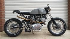 Yamaha tr1 café racer built by us in the uk