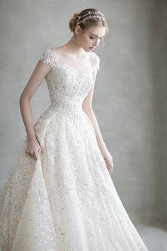 Wedding Dresses For Girls, Wedding Dress Trends, Bridal Dresses, Wedding Gowns, Girls Dresses, Pretty Dresses, Beautiful Dresses, Weeding Dress, Marie
