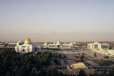 Art et culture...Achgabat : la capitale complètement mégalo du Turkménistan - Frawsy www.frawsy.com