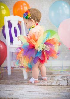 Pastel de 1er cumpleaños arco iris tutú tutú del arco iris