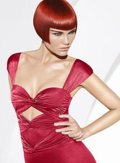 I don't care for that part on the waist but the top is really cool One Length Bobs, Angled Bobs, Hair Tattoos, Bright Hair, Hair Affair, Hair Images, Shaved Hair, Blonde Color, Bad Hair