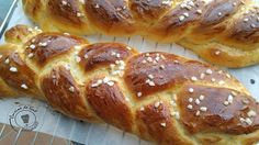 Braided brioche with shooting crumb… . Cooking Chef, Batch Cooking, Cooking Time, Cooking Recipes, Patisserie Design, Cooking Red Lentils, Brioche French Toast, Home Baking, No Cook Desserts