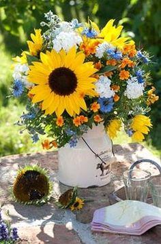 Kis nyári virágcsokrok
