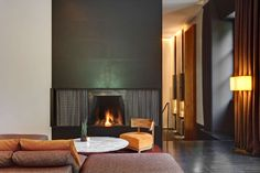 Discover the 5 star luxury hotel in Milan through images | Bulgari Hotel Milano