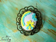 Brosa spring blossom (18 LEI la LoveMade.breslo.ro) Spring Blossom, Handmade Flowers, Random Stuff, Projects To Try, Places To Visit, Cook, Website, Reading, Nice