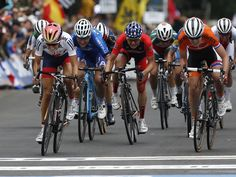 Lizzie Armitstead of Great Britain, left, wins a sprint to the finish line to win the women's elite race at the UCI Road World Championships in Richmond, Va. Armitstead captured her first career road cycling world title.  Geoff Burke, USA TODAY Sports