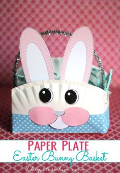 Paper Plate Easter Bunny Basket - Easy and Kid Friendly Easter Craft - Learn how to make a fun paper plate Easter basket. Includes free printable bunny face pieces.