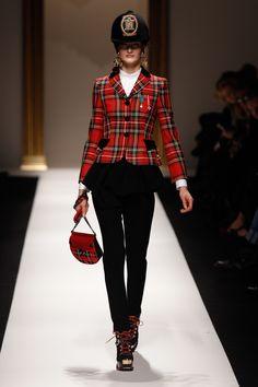 Equestrian chic @ #moschino #fashion #Bestinthecountry
