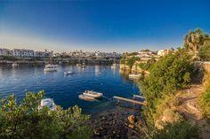 Die 7 besten Urlaubsziele für Lehrer*innen – The Educationalist Menorca, Spain, River, Journey, Island, Outdoor, Swiming Pool, Balearic Islands, Calla Lilies