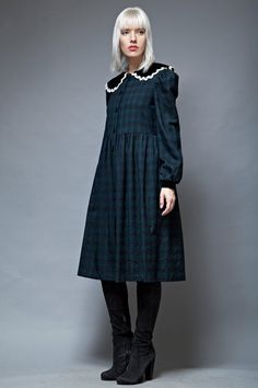 vintage peter pan collar dress plaid navy green long sleeves M