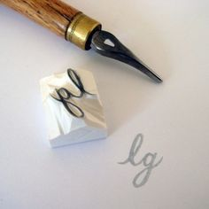 initials rubber stamp: would look so pretty stamped on the bottom corner of envelopes...