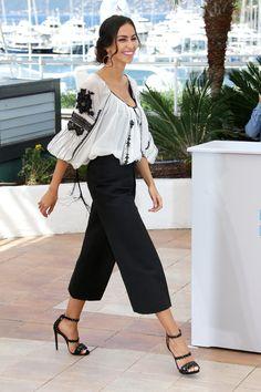 """Cannes 2015: Mădălina Ghenea, în ie, alături de Jane Fonda, la premiera filmului """"La giovinezza"""" - FOTO - Mediafax"""