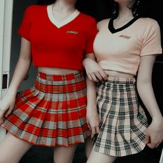Girl Next Door Fashion. Try to understand and apply what you just read. This article is going to teach you some things you don't know about fashion. Ulzzang Fashion, Ulzzang Girl, Korean Fashion, Red Aesthetic, Aesthetic Clothes, Cute Fashion, Womens Fashion, Fashion Trends, Ladies Fashion