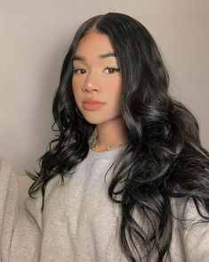 Hairstyles For Gowns, Cute Hairstyles, Straight Hairstyles, Pretty Black Girls, Pretty Woman, Curly Hair Styles, Natural Hair Styles, Classy Makeup, Aesthetic People