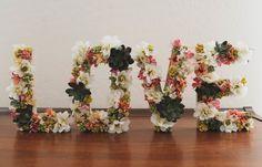 Como-fazer-letras-de-papelão-flores