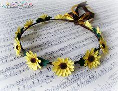 Handmade  Bridal  Floral  Sunflower  Wreath by CadouriFistichii