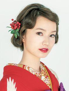 Best Indoor Garden Ideas for 2020 - Modern Chic Hairstyles, Bride Hairstyles, Yukata, Geisha Hair, Asian Eye Makeup, Wedding Kimono, Japanese Wedding, Hair Arrange, Hair Setting