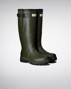 Features: Adjustable Gusset to Adapt Fit Heavy-duty rubber construction Black top-binding Buckle feature Chunky set sole High traction tread. Handmade Waterproof Olive Green Care Instructions: Fits true to size For sizing conversions, insole length, calf area and leg height please see size guide above. This is a performance style with high durability Care: Use Hunter Boot Shine and Rubber Boot Buffer to keep boots in optimum condition. Wellington Boot, Dog Walking, Hunter Boots, Black Tops, Rubber Rain Boots, Calves, Legs, Classic, Casual