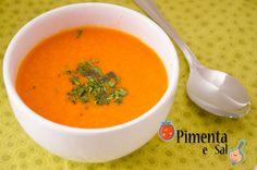 Receita de sopa de tomate, muito simples e facil de fazer. Uma delícia. Receita de sopa de tomates assados.