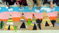 kindergarten Wild West types of lines projects from mrspicasso's art room/Native American study Kindergarten Drawing, Kindergarten Art Lessons, Elementary Art Rooms, Art Lessons Elementary, Native American Projects, Native American Art, Wild West Crafts, Thanksgiving Art, 3rd Grade Art