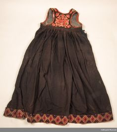 Stakk Museum, Skirts, Clothes, Collection, Fashion, Outfits, Moda, Clothing, Kleding