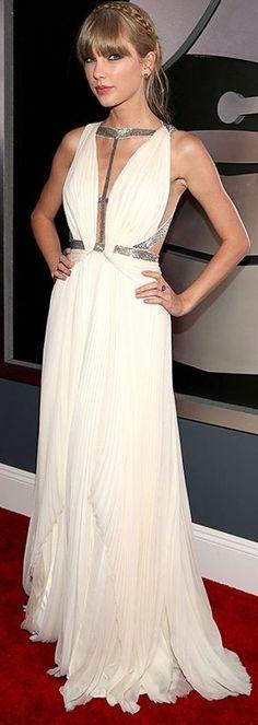 Swift @ 2013 Grammys ♥✤ | Keep the Glamour | BeStayBeautiful